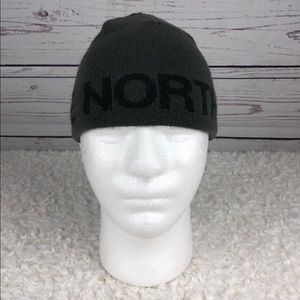 The North Face Youth Reversible Beanie (P12)